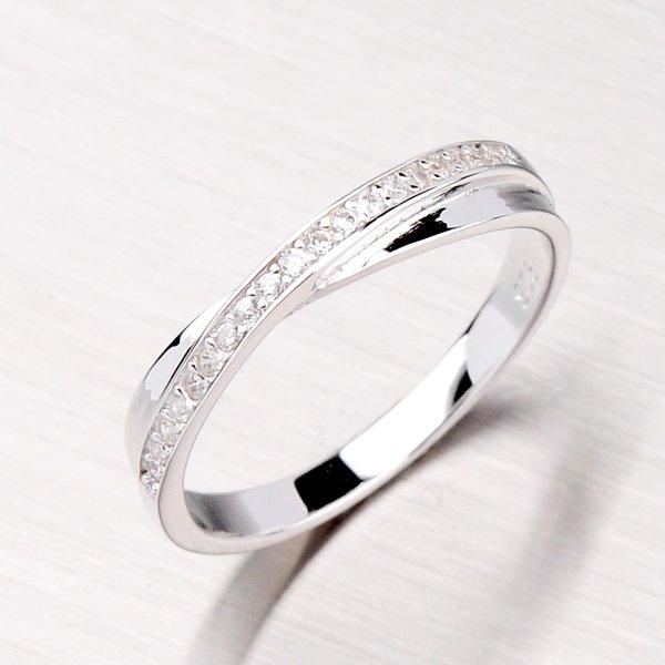 Stříbrný prsten se zirkony RXX08140056-01