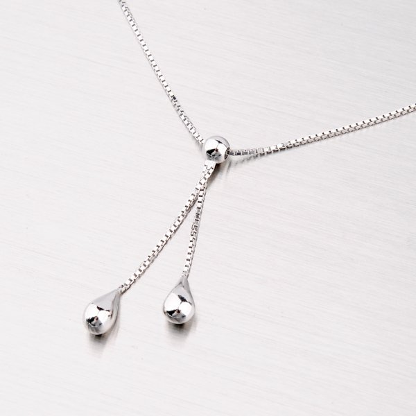 Krásný stříbrný náhrdelník M3009D