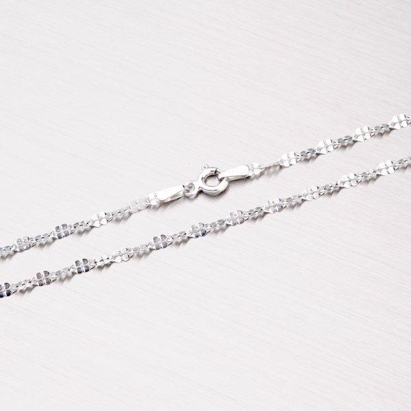 Stříbrný řetízek s lesklými facetami SQR-040-Rh