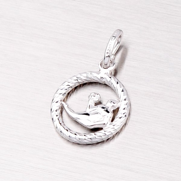 Stříbrný přívěsek - Panna MPN5017-08