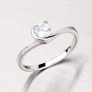 Krásný stříbrný prsten se zirkonem ZR033