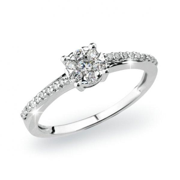 Prsten z bílého zlata s diamanty GKW54611