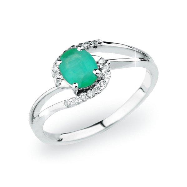 Prsten z bílého zlata se smaragdem a s diamanty GKW45110