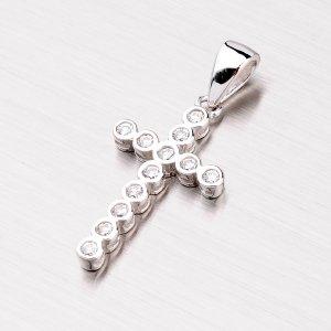 Kříž ze stříbra se zirkony PXX07140076