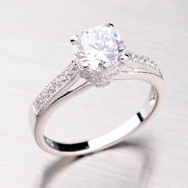 Rhodiovaný prsten ze stříbra se zirkony RXC02130320