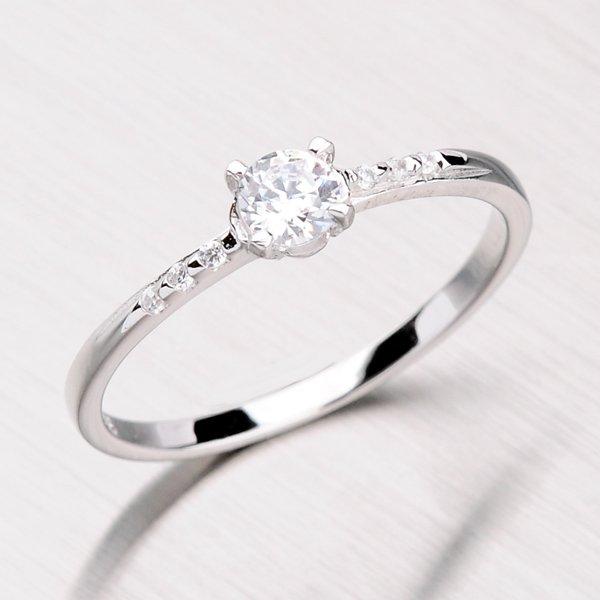 Rhodiovaný prsten ze stříbra se zirkony RXC07150138