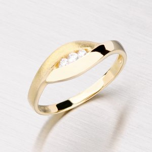Zlatý prsten se zirkony GZ1618