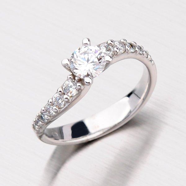 Prsten se zirkony GZ2102B
