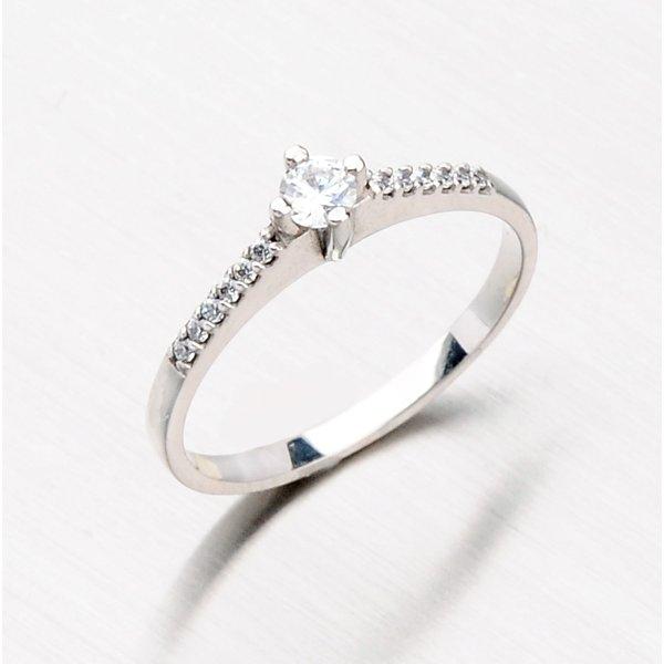 Prsten z bílého zlata se zirkony 356-0223