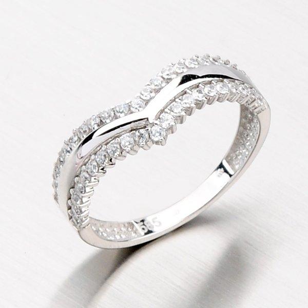 Zlatý prsten se zirkony 116-4109