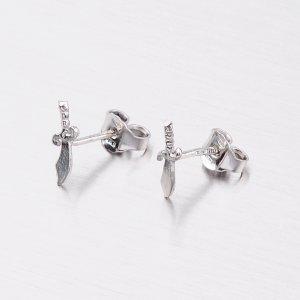 Stříbrné náušnice - pecky se šavlemi M604529