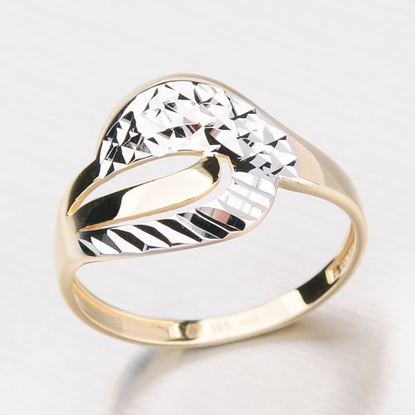 Zlatý prsten s gravírováním 11-109