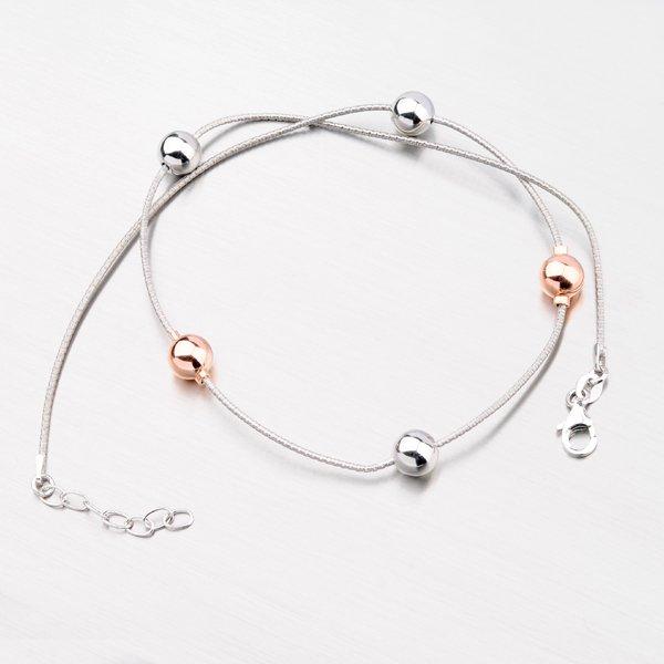 Stříbrný náhrdelník se zlacenými kuličkami XKXC-5006-ES