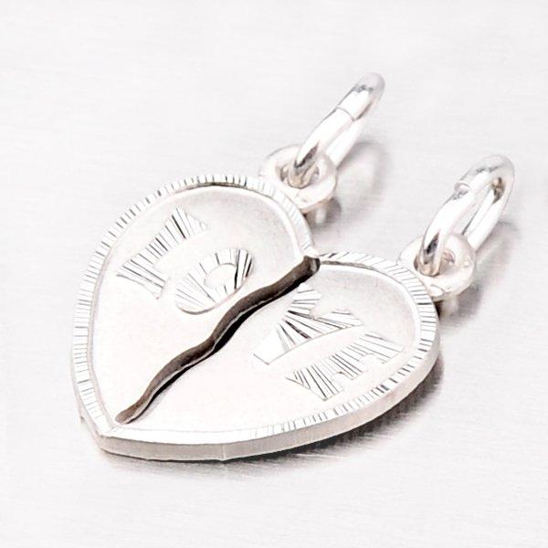 Stříbrný přívěsek pro partnery ve tvaru srdce M5503KHG