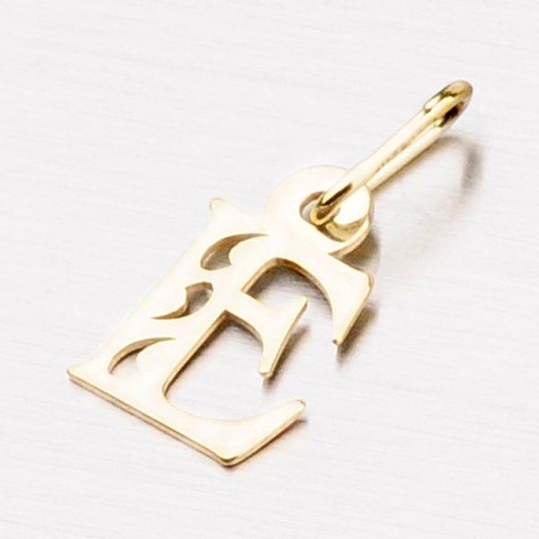 Zlaté písmenko E 442-0002-E