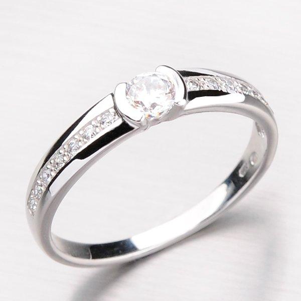 Krásný dámský prsten se zirkony DZ2106-B