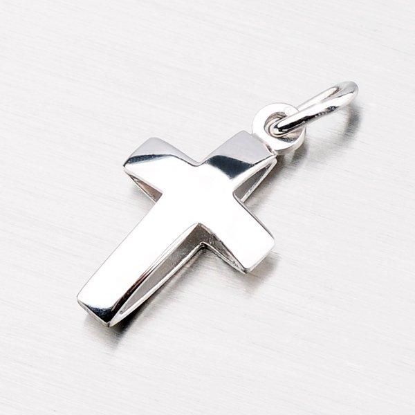 Stříbrný přívěsek ve tvaru kříže M5342B