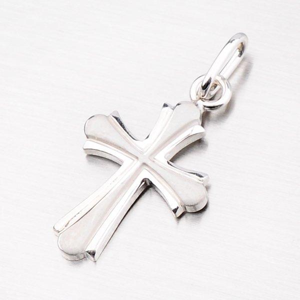 Stříbrný křížek s lesklým a matným povrchem VICZ-3007
