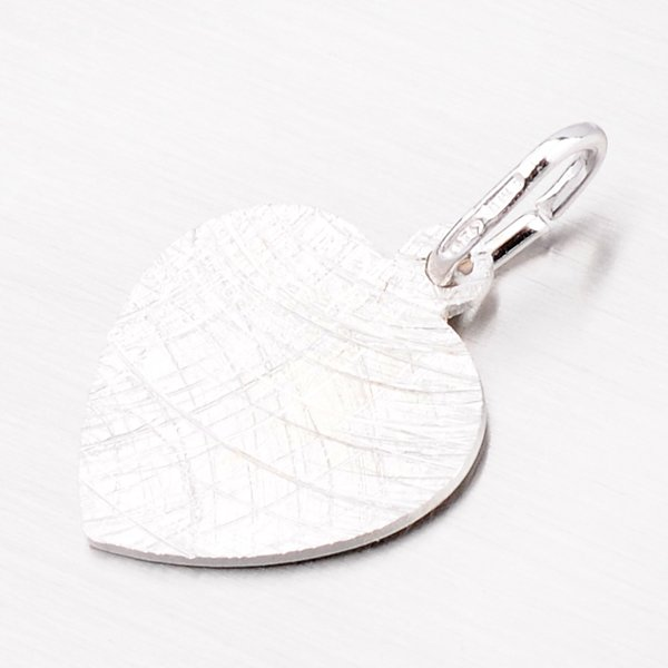 Přívěsek ze stříbra ve tvaru srdce M5000GEN-02