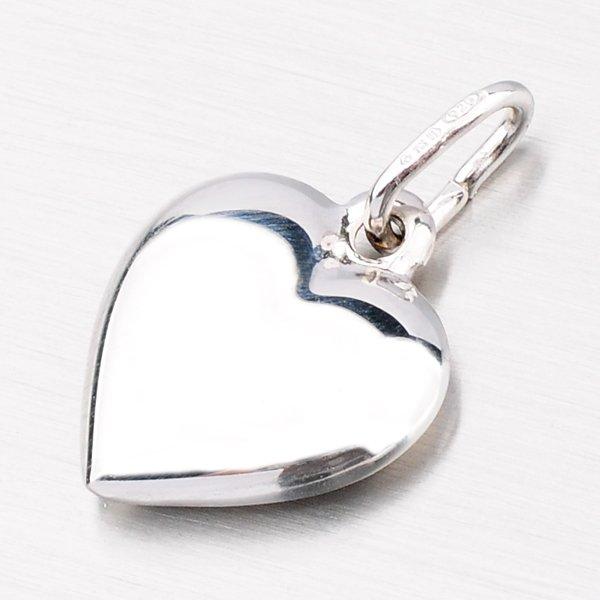 Přívěsek ze stříbra ve tvaru srdce MPNL665