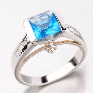 Stříbrný prsten se zirkony R3556-01-K-XC
