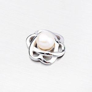 Stříbrný přívěsek kytičky s perlou PTE8395