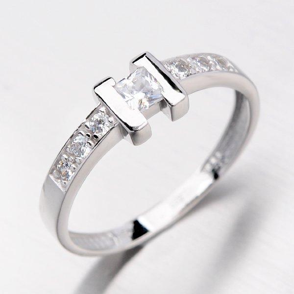 Dámský prsten se zirkony DZ2062B