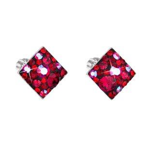 Stříbrné náušnice pecka s krystaly Swarovski červený kosočtverec 31169.3 cherry 31169.3