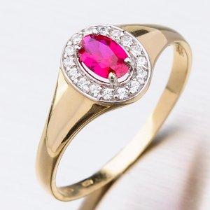 Zlatý prsten se zirkony a rubínem 41-NF200