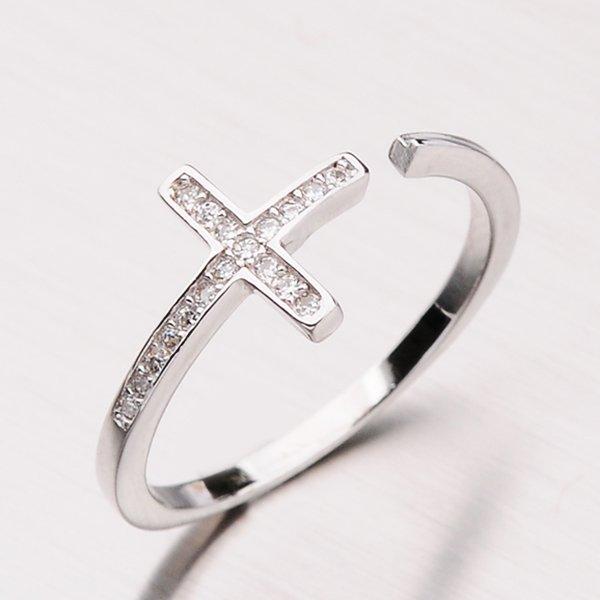 Stříbrný prsten s křížkem RXX04140155