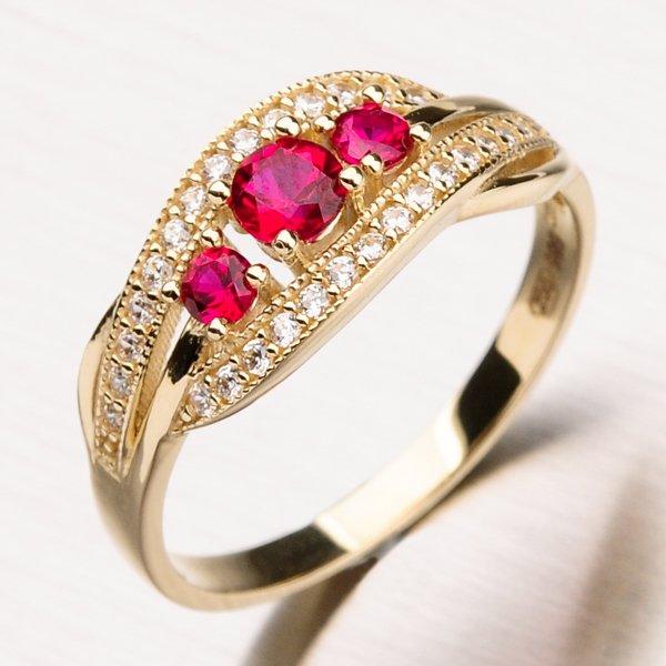 Prsten se zirkony a rubíny 11-188