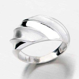 Stříbrný prsten BY-026-OKS
