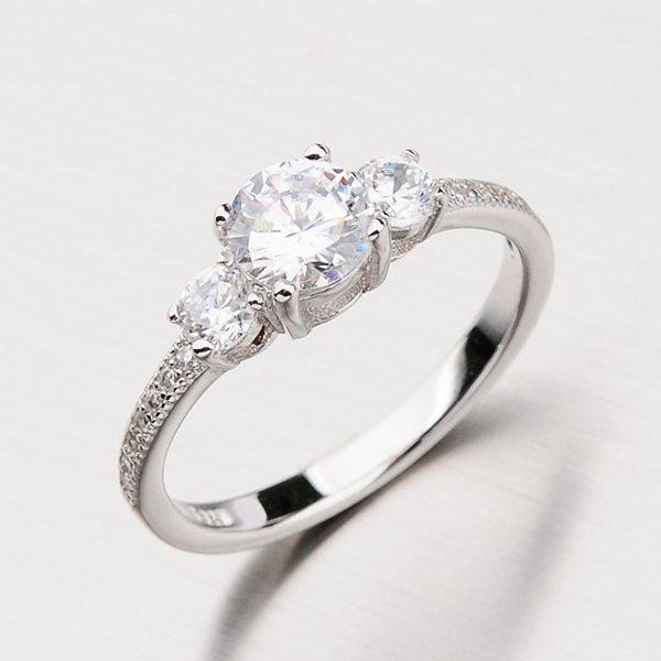 Zářivý stříbrný prsten se zirkony RXX04180318