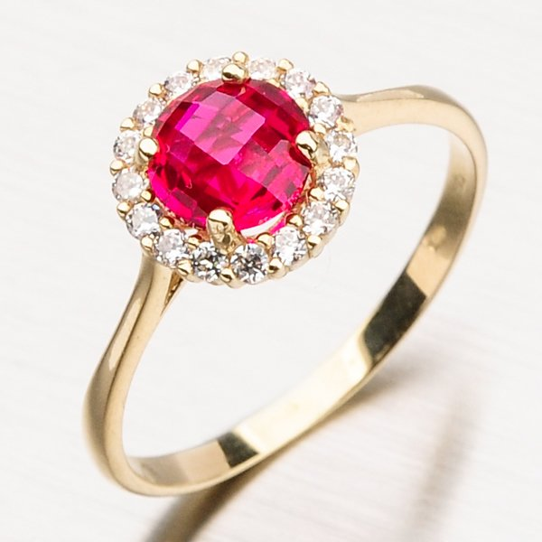 Zlatý prsten s rubínem a zirkony 11-157