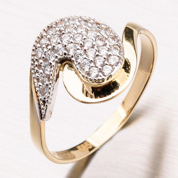Zlatý prsten se zirkony 11-174