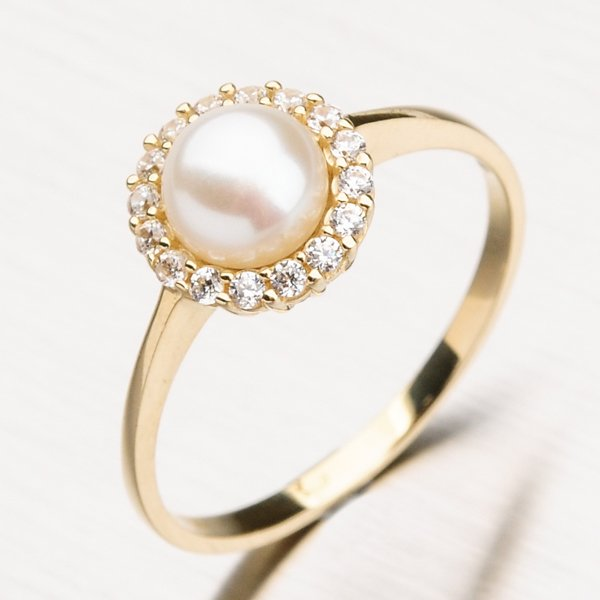 Zlatý prsten s perlou a zirkony 11-183