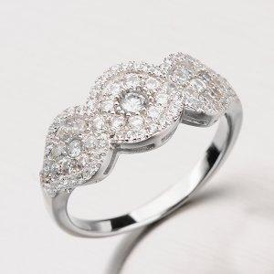 Stříbrný prsten se zirkony RXX04180324