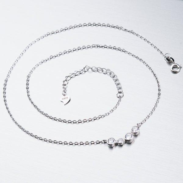 Stříbrný náhrdelník se zirkony SST-15101