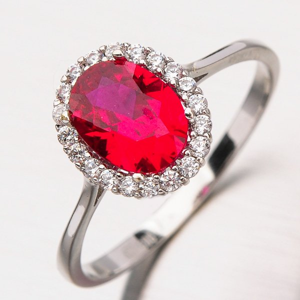 Prsten s rubínem a zirkony 11-210