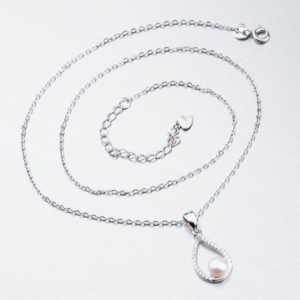 Stříbrný náhrdelník s perlou SST-15984