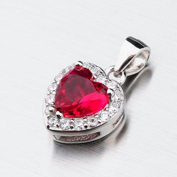Stříbrné srdce se zirkony a rubínem HST-13270