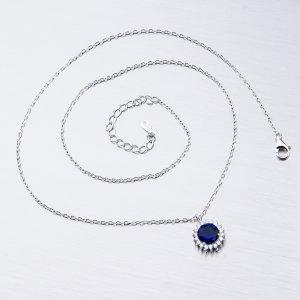 Stříbrný náhrdelník se zirkony a safírem SST-15852