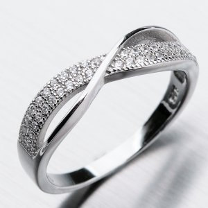 Stříbrný prsten se zirkony GST-11260