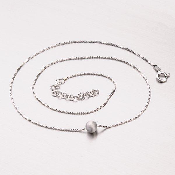 Stříbrný náhrdelník s perlou M3029BSAT