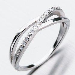 Stříbrný prsten se zirkony GST-11353