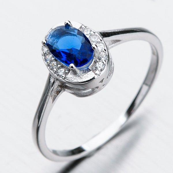 Stříbrný prsten se zirkony GST-11251