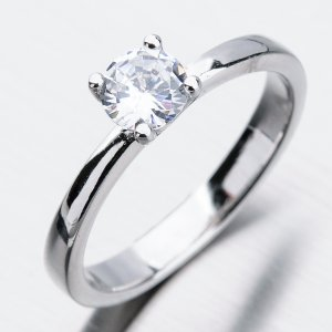 Stříbrný prsten se zirkonem GST-11245