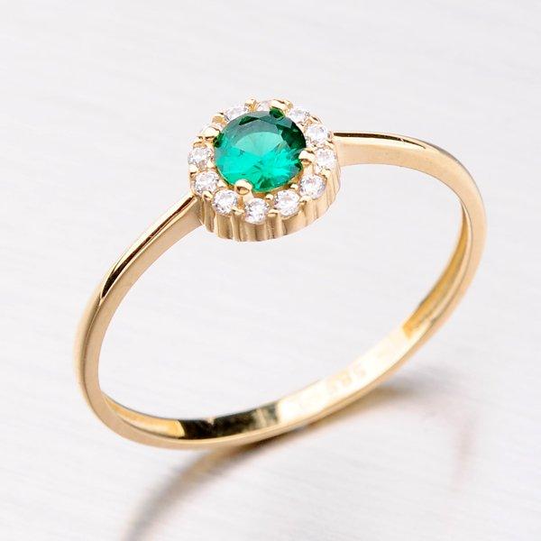 Zlatý prsten se zirkony a smaragdem 31-002