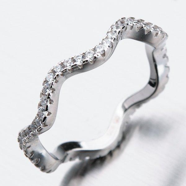 Stříbrný prsten se zirkony GST-11226