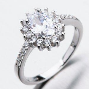 Stříbrný prsten se zirkony GST-11348